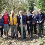 Conservation group volunteers